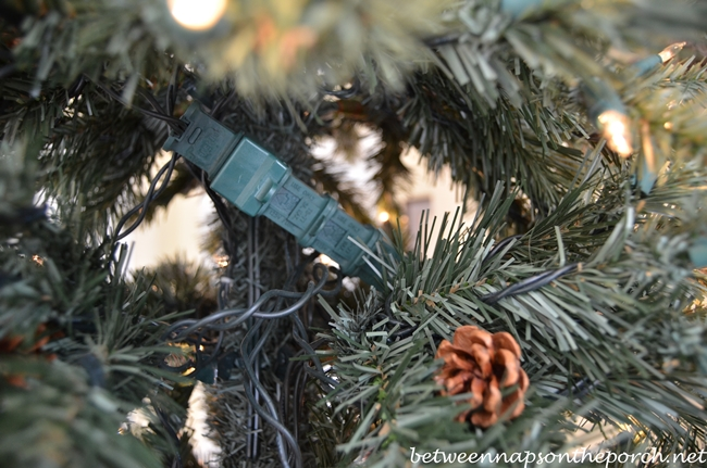 Light plugs fuses for Christmas Tree