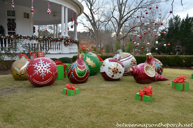 Large Ornaments for the Lawn for Christmas Decorating