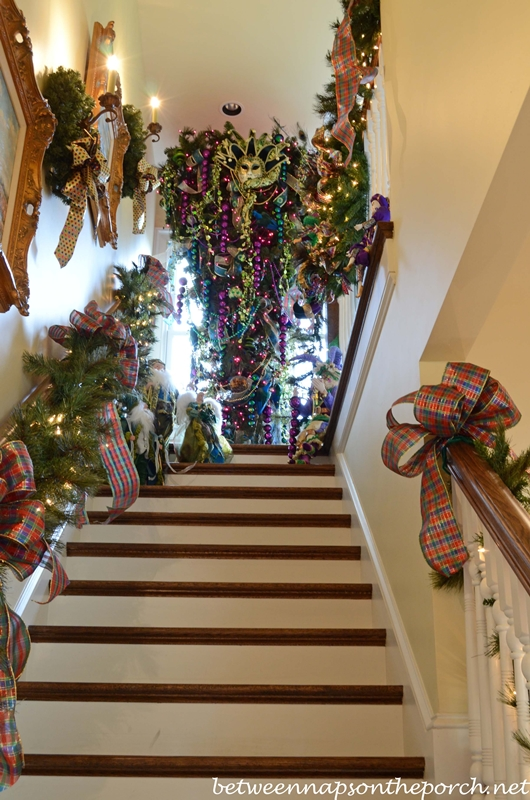 attic stairs upside down christmas tree - How To Decorate Outdoor Stairs For Christmas
