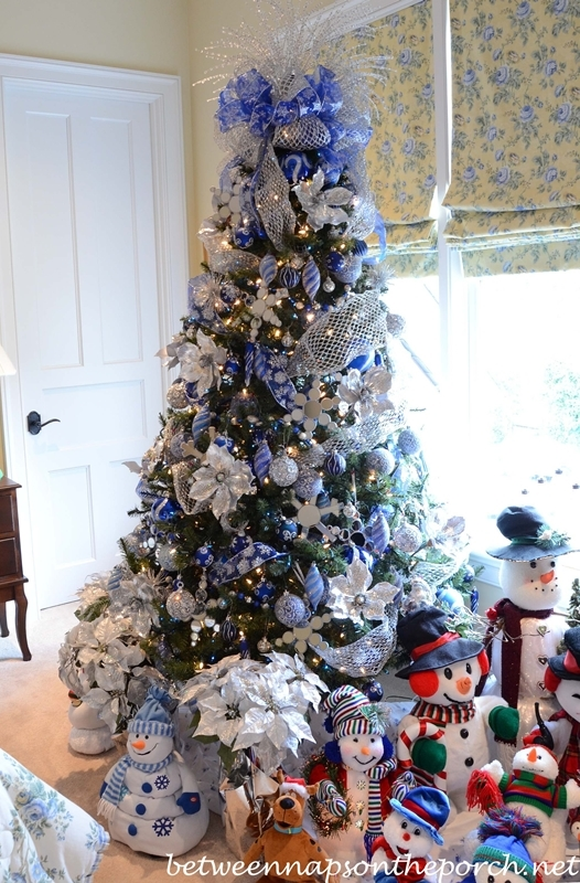 Gallery For gt Disney Themed Christmas Tree Ideas