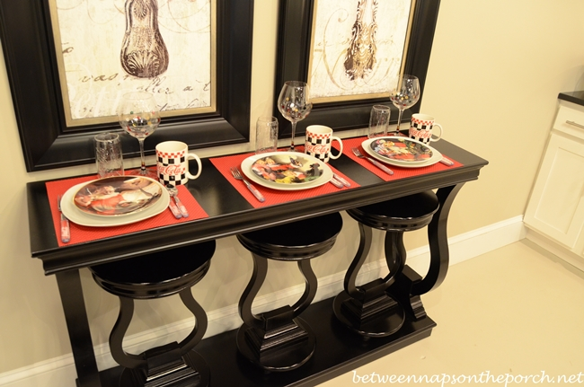 Table Setting with Coca-cola Dishware and Flatware_wm