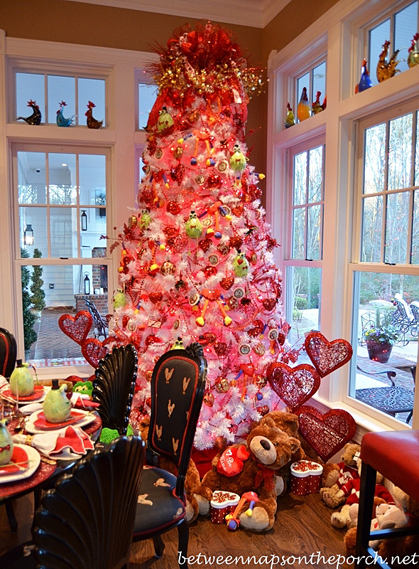 Valentine's Day Decorating Tree