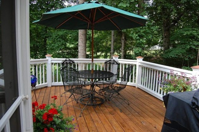 Deck Before And After With Sherwin Williams Lodge Brown
