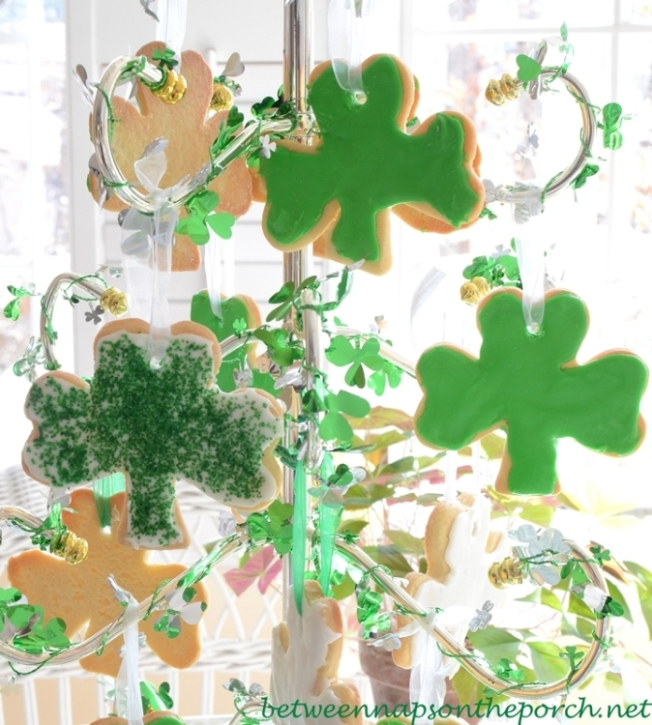 Shamrock Cookie Tree