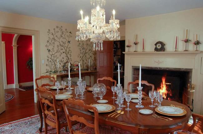 Dining Room in Historic New York Home
