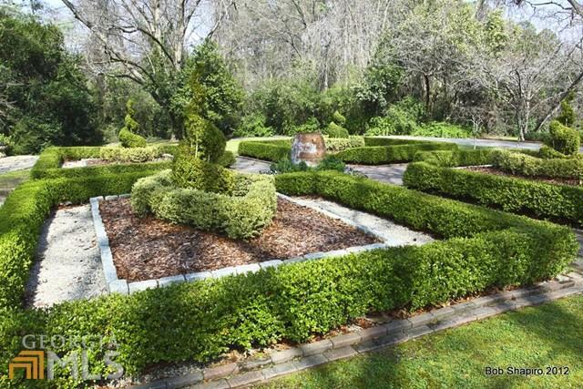 Backyard Gardens of Historic Home in Newnan Georgia