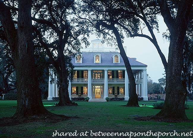 Houmas House Plantation House Lit up at Night