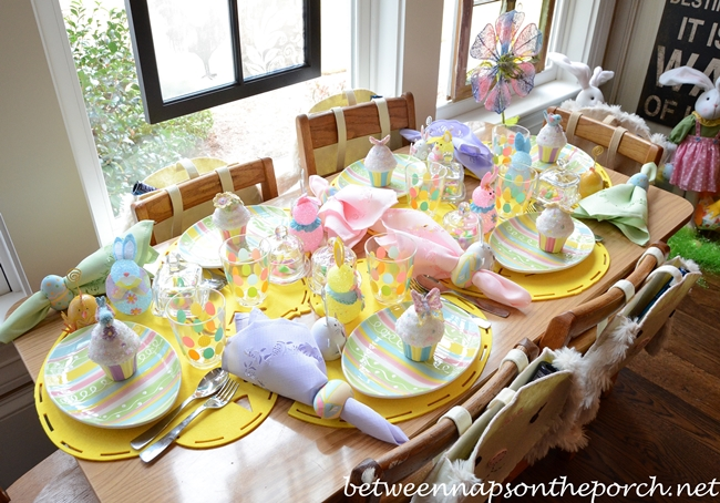 Easter Table Setting Tablescape for Children & Easter Table Settings for the Children\u0027s Table with Cupcakes and ...