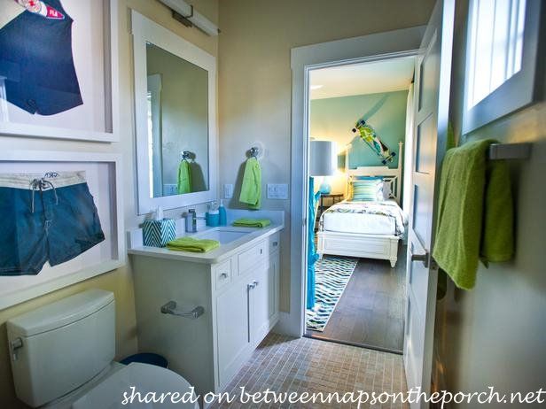 HGTV Smart Home 2013 Baths