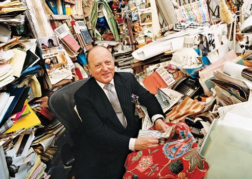 Mario_Buatta_and_fabrics