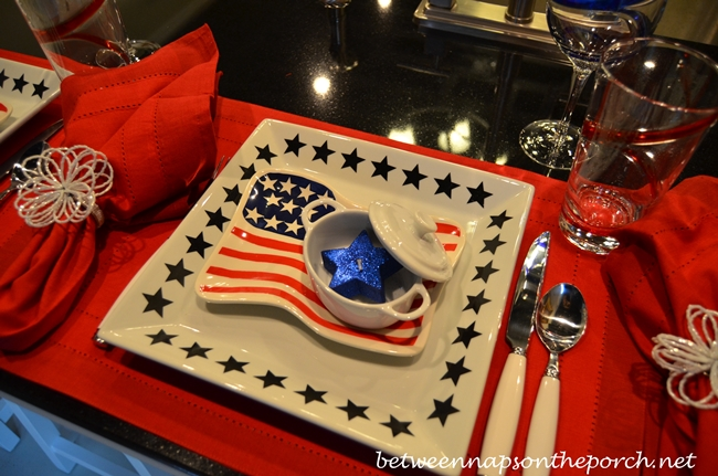 4th-of-july-party-tablescapes-2