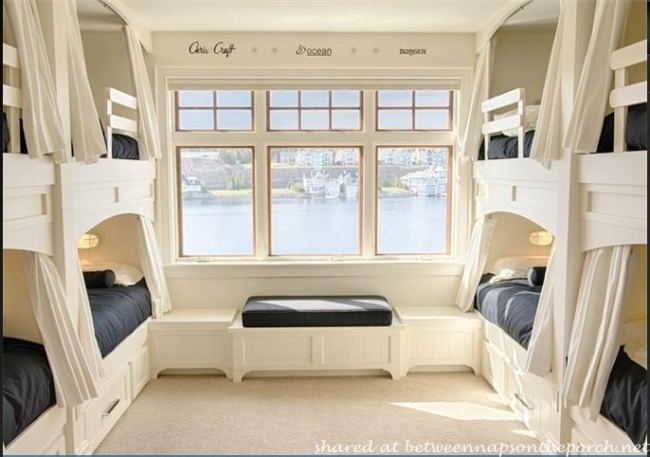 Bunk Beds in Beach Cottage