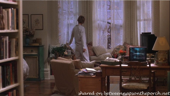 Living Room in Kathleen Kelly's New York Brownstone Apartment in Movie, You've Got Mail