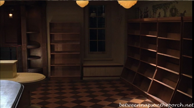 The Shop Around the Corner bookstore in Movie, You've Got Mail Closing Day