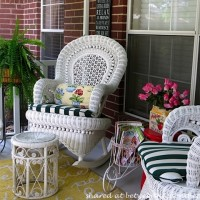 Decorate a Porch in Victorian Style