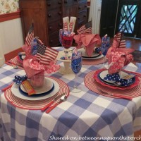 4th of July Table Setting: Beautiful and Budget Friendly