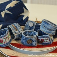 101 Things You Can Do With Old Jeans, No.3: Denim Napkin Rings