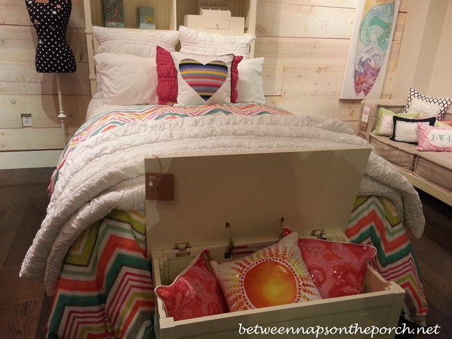 Pottery Barn Teen and Kids Beds and Bedding 17_wm
