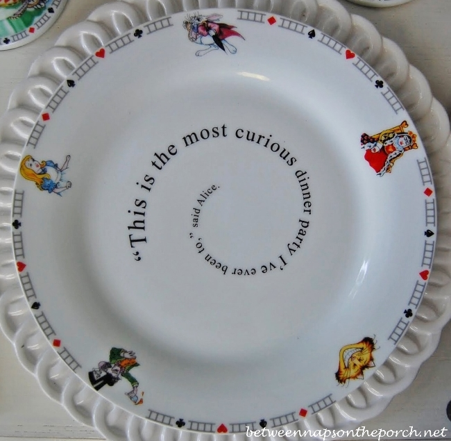 Alice in Wonderland Dishware Dinner Plate