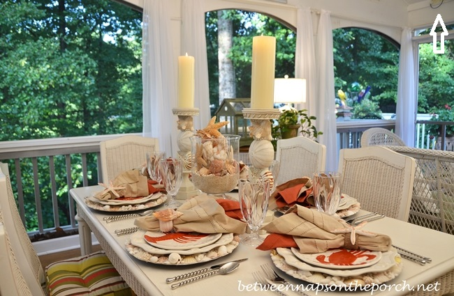 Beach-Themed-Tablescape-with-Lobster-and-Crab-Salad-Plates-and-Shell-Chargers_wm