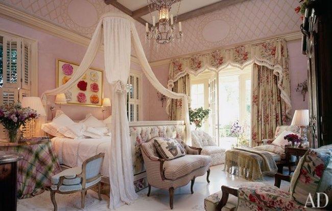 Mario-Buatta-Beautiful-Bedrooms-07
