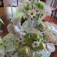Summer Beach Table Setting Tablescape in Green and White 4