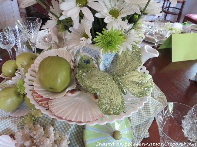 Summer Beach Table Setting Tablescape in Green and White 6