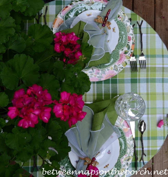 Summer Table Setting with Green and White Plaid Table Cloth