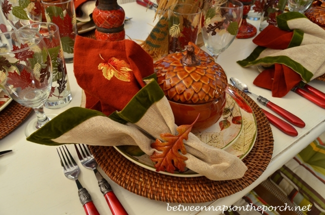 Burlap and Green Velvet Napkins in a Fall Tablescape