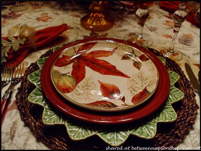 Fall Table Setting with Fall Leaves Dishware 3