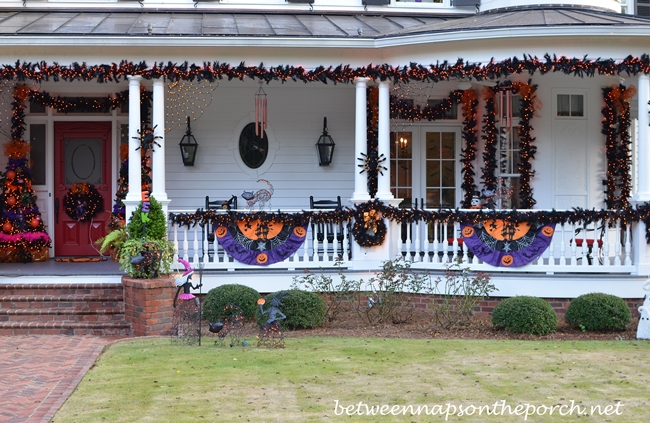 Halloween Bunting on Victorian Home