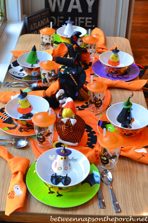 Delicieux Halloween Table Setting For Children_wm