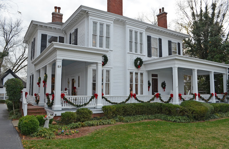 Historic Whitlock Inn in Marietta GA