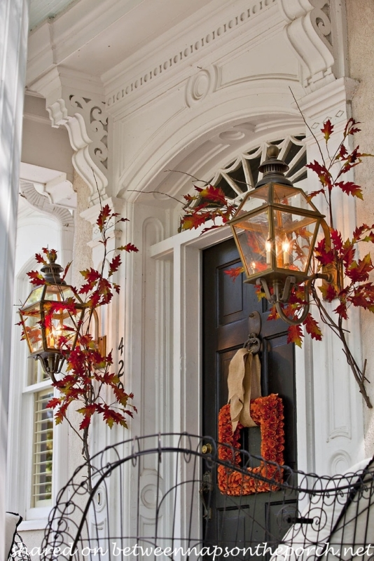 Mary Carol Garrity's Door Dressed for Fall_wm