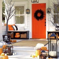 Halloween Decorating and Dining