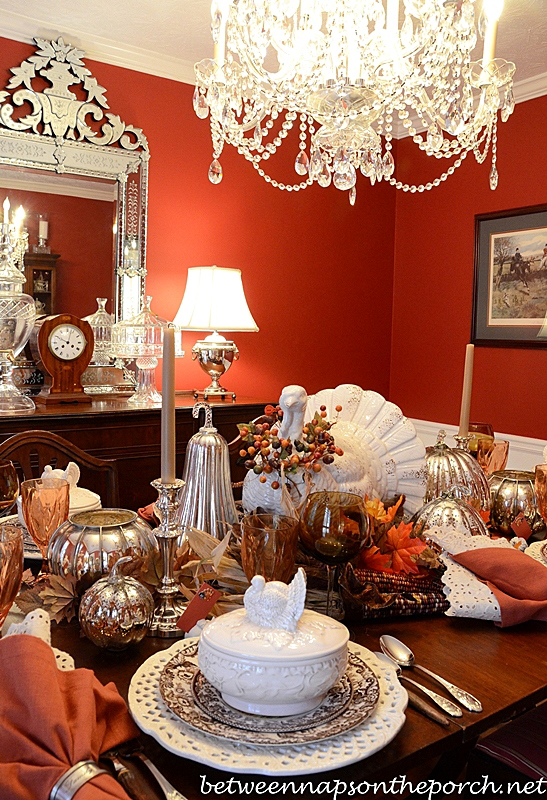 Decorate a mantel for fall for Tablescape decor