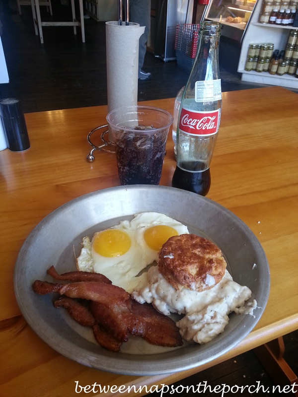 Breakfast at The Grocery on Main Street in Blue Ridge