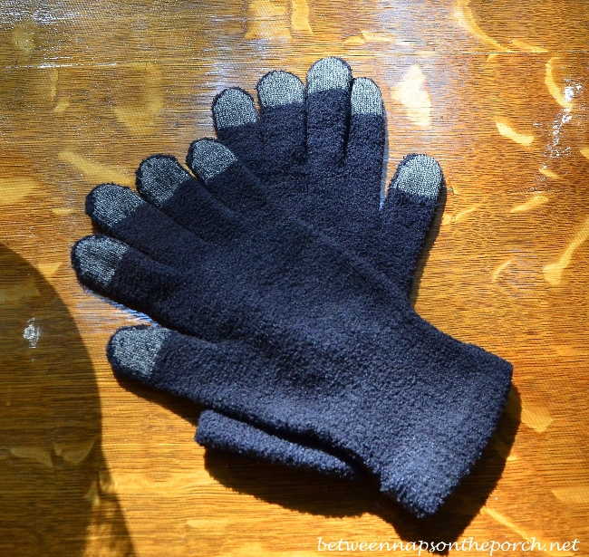 Gloves you can use with phone and ipad