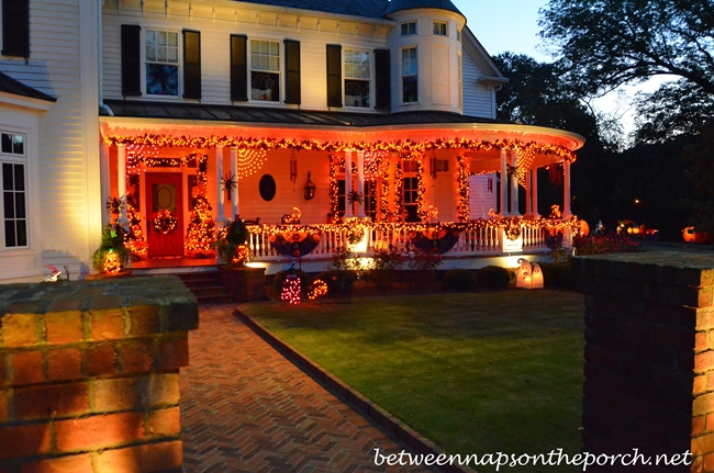 Halloween Decorations for the Porch