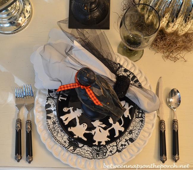 Halloween Dishware