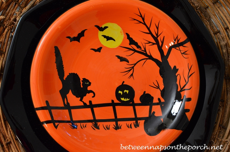 Halloween Plates_wm