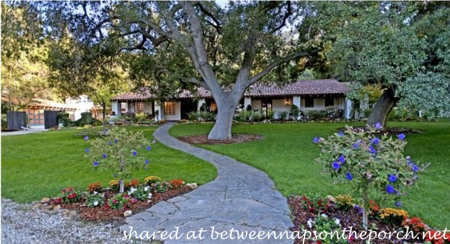 It's Complicated Movie House for Sale_wm