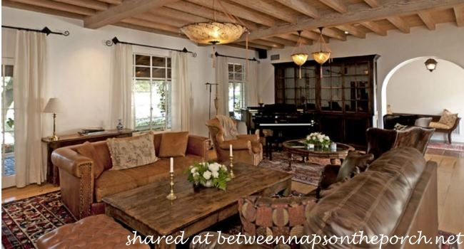 Living Room in House in Movie, It's Complicated_wm