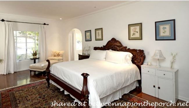 Master Bedroom in It's Complicated Movie House_wm