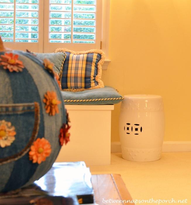 White Ceramic Garden Seat for the Family Room