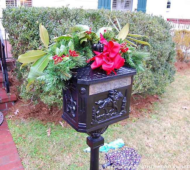 decorate mailbox for christmas_wm - Christmas Mailbox Decorations Ideas