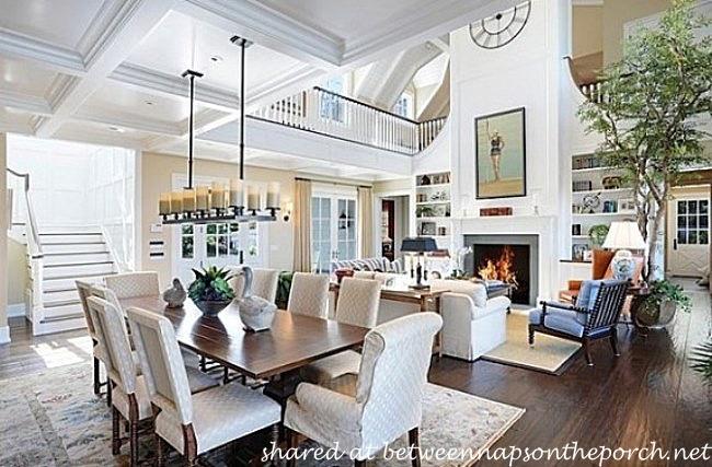 Dining Room in Home of Howie Mandel_wm
