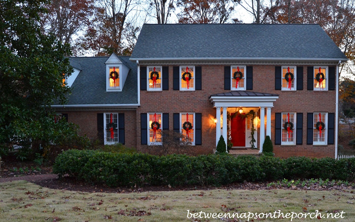 Hang Wreaths On Exterior Windows For Christmas 1
