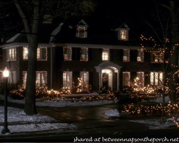 The christmas movie house tacky light tour - Pictures of homes decorated for christmas on the inside ...