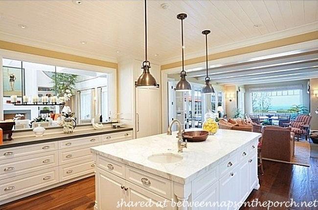 Kitchen in Home of Howie Mandel_wm